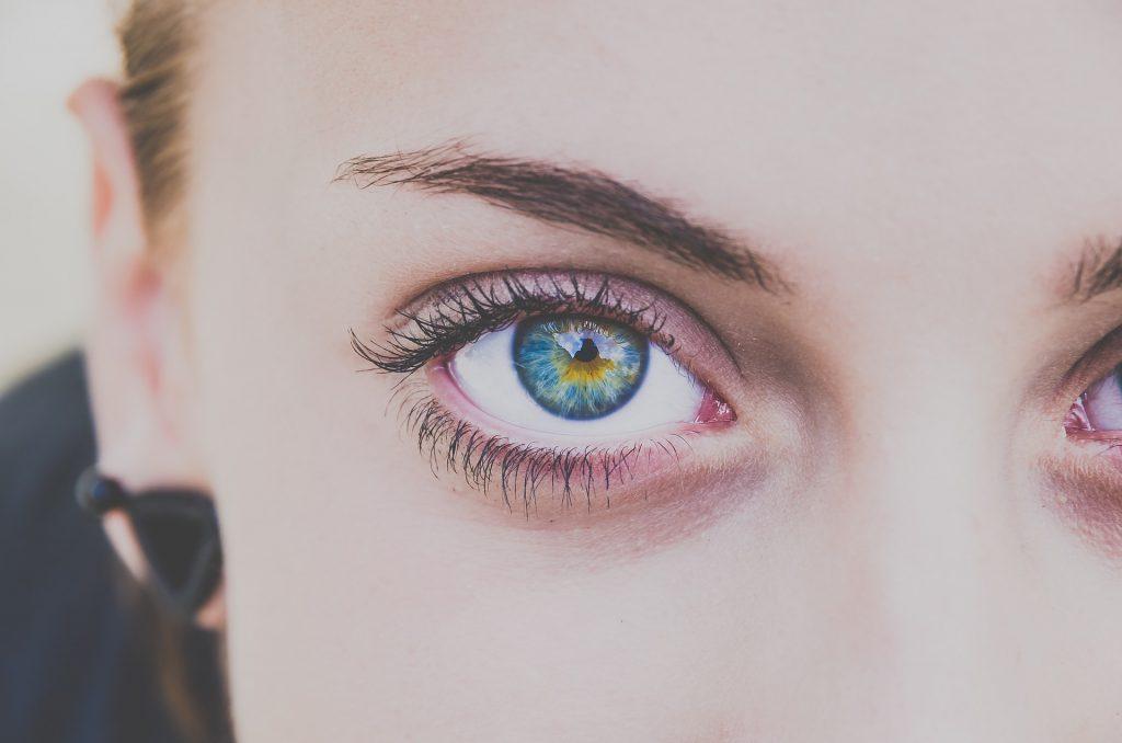Onder oog